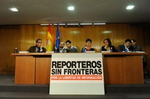 reporteros_016